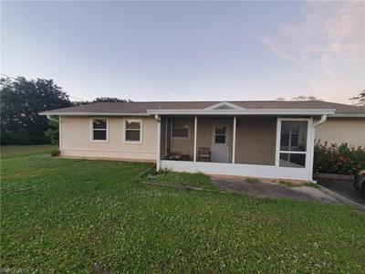 3910 35TH ST SW, LEHIGH ACRES, FL 33976 - Photo 1