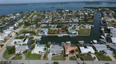 5 FAIRVIEW BLVD, FORT MYERS BEACH, FL 33931 - Photo 1