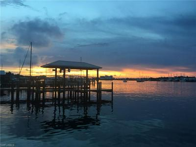 327 FAIRWEATHER LN, FORT MYERS BEACH, FL 33931 - Photo 2