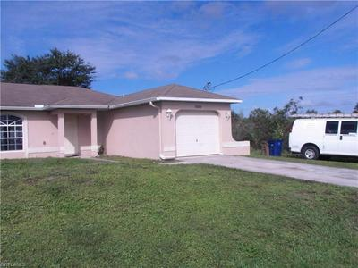6005 FLORA AVE N, LEHIGH ACRES, FL 33971 - Photo 2