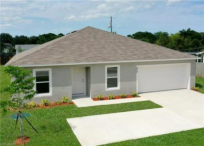 657 KNAPP ST, LEHIGH ACRES, FL 33974 - Photo 2