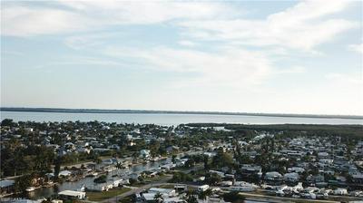 3704 DEWBERRY LN, SAINT JAMES CITY, FL 33956 - Photo 2