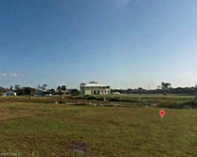 938 MEYERCHICK DR, MOORE HAVEN, FL 33471 - Photo 1