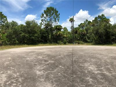 8008 COD CT, Labelle, FL 33935 - Photo 2