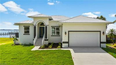 4 LIVE OAK LN, Fort Myers, FL 33905 - Photo 1