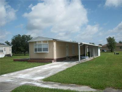 703 SEMINOLE AVE, Clewiston, FL 33440 - Photo 1
