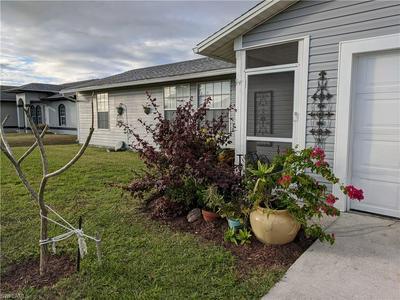 3914 13TH ST SW, LEHIGH ACRES, FL 33976 - Photo 2