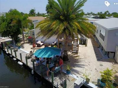 3704 DEWBERRY LN, SAINT JAMES CITY, FL 33956 - Photo 1