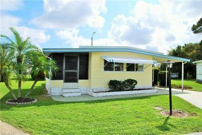 14 MIDDLETON CT, NORTH FORT MYERS, FL 33903 - Photo 2