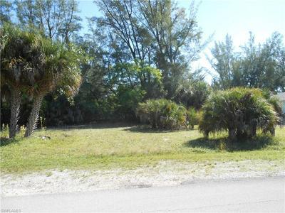 3900 STABILE RD, ST. JAMES CITY, FL 33956 - Photo 1