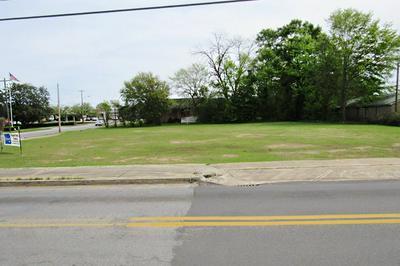 12364 COLUMBIA ST, Blakely, GA 39823 - Photo 2