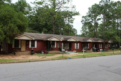 1100 S CLEVELAND ST, Albany, GA 31701 - Photo 1