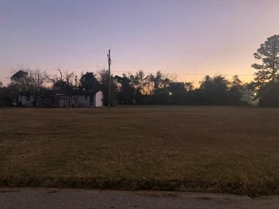 402 LOUIS AVE, Albany, GA 31701 - Photo 1