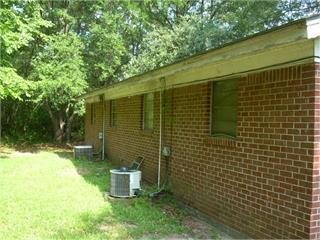 711 JOHNSON RD, Albany, GA 31705 - Photo 2