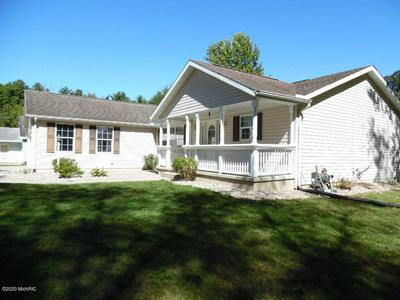 69157 COUNTRY TRCE, Edwardsburg, MI 49112 - Photo 2
