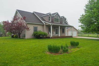 6591 OAK GROVE RD, Burlington, MI 49029 - Photo 2