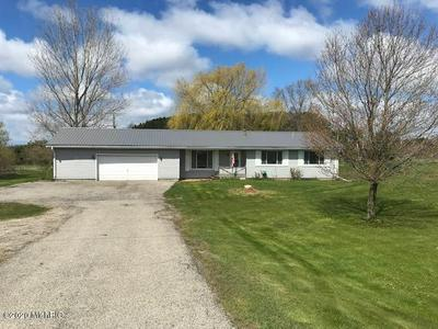 8557 N US HIGHWAY 31, Free Soil, MI 49411 - Photo 1