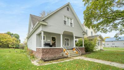 226 E CENTER ST, Alma, MI 48801 - Photo 2