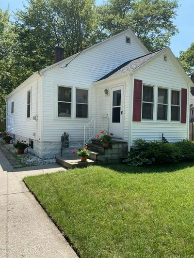 1077 DUCEY AVE, Muskegon, MI 49442 - Photo 1