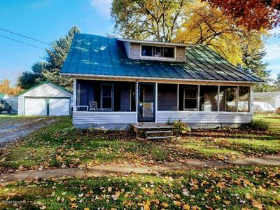 217 S SHERMAN ST, Sheridan, MI 48884 - Photo 2
