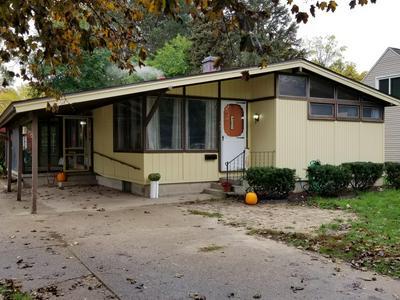 907 W ORANGE ST, Greenville, MI 48838 - Photo 2