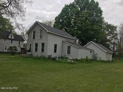 8947 HOLTON DUCK LAKE RD, Holton, MI 49425 - Photo 2