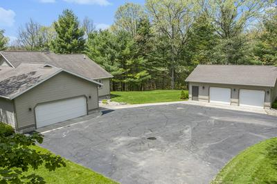 1087 SHORE WALK LN, Whitehall, MI 49461 - Photo 2