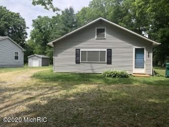457 S BURR OAK RD, Colon, MI 49040 - Photo 1