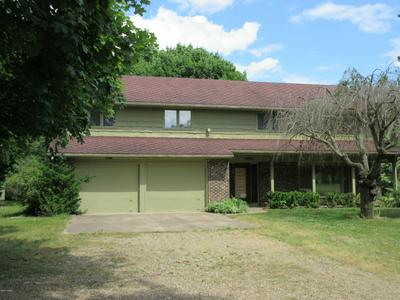 12531 SPRINKLE RD, Vicksburg, MI 49097 - Photo 1