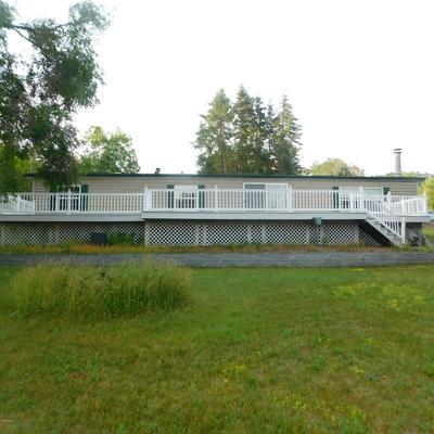 5705 S CENTERLINE RD, Newaygo, MI 49337 - Photo 1