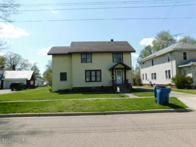 117 N WALKER ST, Bronson, MI 49028 - Photo 2
