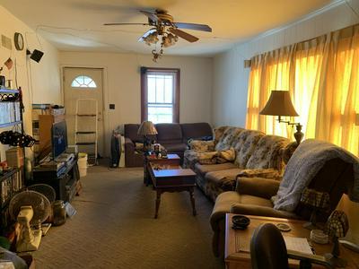 142 CYNTHIA ST, Bronson, MI 49028 - Photo 2