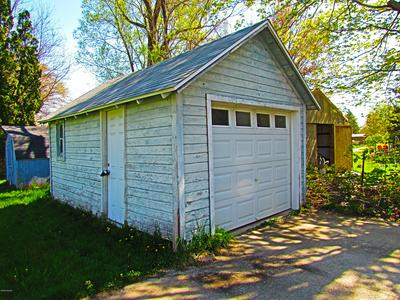 435 ROMINE ST, Colon, MI 49040 - Photo 2