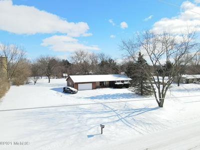175 RIDGE RD, Quincy, MI 49082 - Photo 1