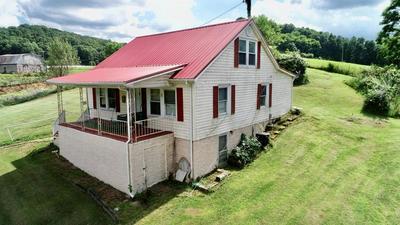 206 DUTTON RD, Rural Retreat, VA 24368 - Photo 1