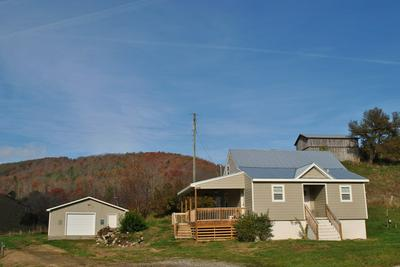 4051 SUNFLOWER RD, Pilot, VA 24138 - Photo 2
