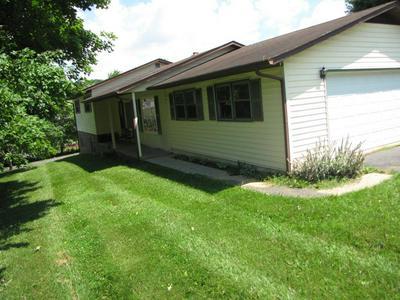 642 CHINQUAPIN AVE, Rural Retreat, VA 24368 - Photo 2