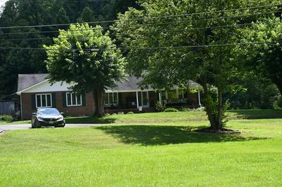 1049 VIERS BRANCH RD, Vansant, VA 24656 - Photo 2