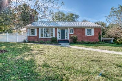 236 JEFFERSON DR, Bristol, VA 24201 - Photo 2