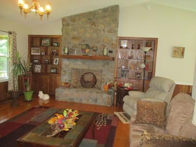 805 DAVIS VALLEY RD, Rural Retreat, VA 24368 - Photo 2