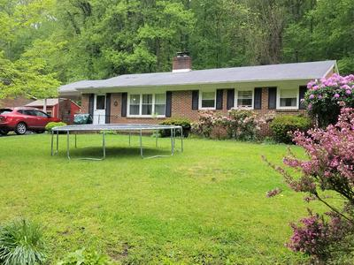 916 HOLLOW RD, Marion, VA 24354 - Photo 2