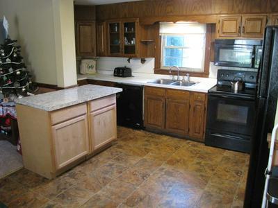 203 MILLER ST, Rural Retreat, VA 24368 - Photo 2
