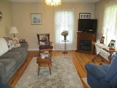853 MIDDLE AVE, Marion, VA 24354 - Photo 2