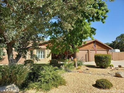 22811 LAKE DR, Tehachapi, CA 93561 - Photo 1