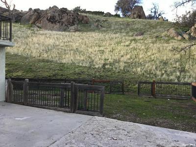 29651 SAN JOAQUIN DR, Tehachapi, CA 93561 - Photo 2