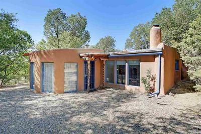 418 VALVERDE ST, Taos, NM 87571 - Photo 1