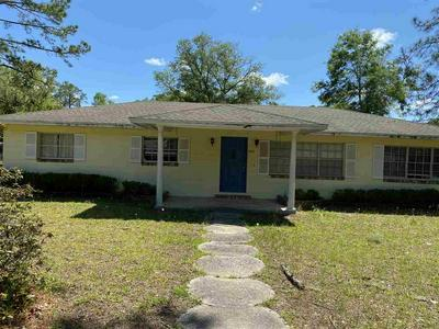 1202 N SPRINGFIELD ST, Perry, FL 32347 - Photo 1