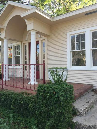 317 N MONROE ST, QUINCY, FL 32351 - Photo 2