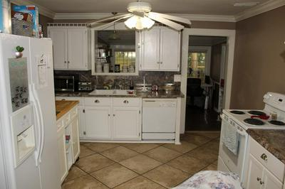 375 NW MARION ST, MADISON, FL 32340 - Photo 2