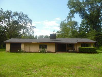 812 SHADEVILLE RD, CRAWFORDVILLE, FL 32327 - Photo 1